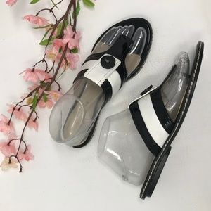 Cute Ellen Tracy Black White Leather Sandals 6.5